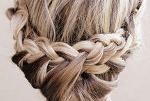 Beach chic, wavy 'dos  / Hairdos and braids