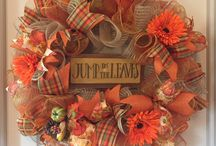 Thanksgiving Wreaths and Decorations