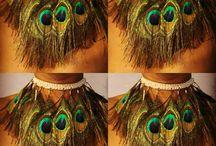 Collares diseñados por mi. / Artículos en venta, hechos a mano con ganchillo, plumas y piedras naturales. Inspirado en lo exótico.