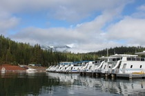 Houseboating Fun / Forever Resorts rents 50-70 ft houseboats on Lakes Don Pedro, Trinity, Berryessa and Oroville