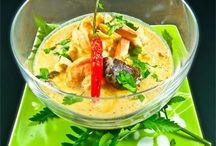 Zuppa di pollo al cocco