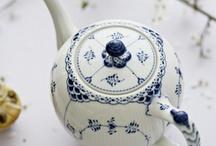 teapots / by Amanda Johns