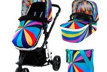 Cosatto Giggle Dúo / Cosatto Giggle Dúo de exclusivo diseño te permitirá disfrutar de los paseos al aire libre con tu bebé y atraerá todas las miradas. Incorpora asiento reversible, capazo y bolso con cambiador a juego. Descúbrelo en: http://decoinfant.com/producto-etiqueta/cosatto-giggle/