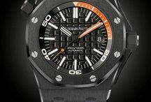 Relógios Inteiramente Pretos / Confira nossa seleção de relógios inteiramente na cor preta.