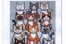 PLASTIC CANVAS CATS