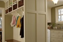 Entryways, foyers and mud rooms / by Shannon Saxton