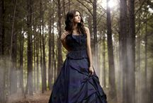 Чёрное платье в лесу