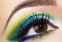 Green Makeup / Emerald is always a classic.  If you love green makeup, you're in the right place.