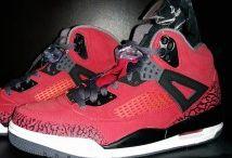 Air Jordan Spizike / Toutes les Air Jordan Spizique sont chez The Social Sneaks. Achetez et Vendez vos sneakers.