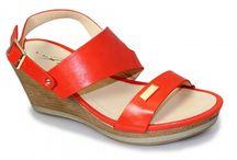 Sandals / Sandals, Flip Flops, Fit Flops, Wedges, Sling-backs, toe posts... all the summer shoes you could hope for!