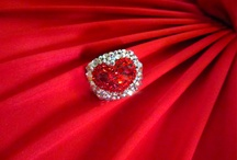 Very Sparkly Jewelry / I Love a little glamorous sparkle / by Glamorous Hippie