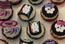 Polka Dots Cupcakery