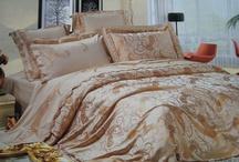 Bedding / by Naj Yarra