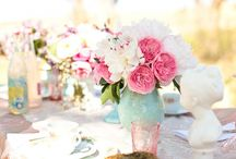 Centerpieces / Flowers / by OneSweetDay LA