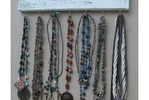 Jewelery Ideas / by Roxanne Osborn