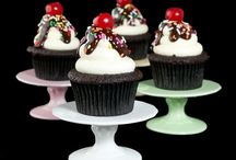Cupcakes / by Lisa Gundrum