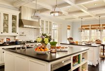 Dream Kitchens / by Dani Tillery-Custodio