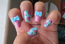 Nails :!
