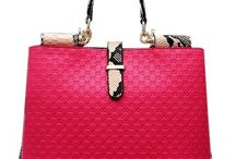 HandBags /  Elegant and top quality handbags, shoulder bags, totes, for the modern stylish woman...