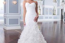 Wedding Glamour / by Kristin Evanyo