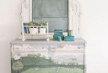 chalk paint /milk paint