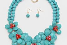 Statement Necklaces / by Melody Edmondson