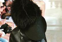 Paris Fashion Week Haute Couture – Fall Winter 2016/17 / Notre magnifique DuneModel Valérie pour Bowie Wong à la Fashion week de Paris Automne Hiver 2016/17 #BowieWong #pfw #fw17 #parisfashionweek #hautecouture #couture #mode #style #paris #dunemodels http://instagram.com/dunemodels