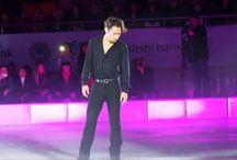 高橋大輔選手画像集 / 2010バンクーバーオリンピック銅メダリスト・高橋大輔選手の画像を集めています