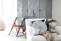 industrial intrior / industrial decor with a lot of white, very clean.
