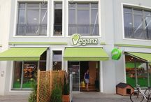 Veganz Berlin - Friedrichshain / All about the vegan grocery store chain Veganz's Berlin - Friedrichshain location