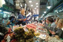 Nuestra zona pescadera Mercat de l'Olivar / Nuestros pescados y mariscos. Producto fresco, local y de calidad.