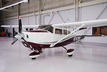 Aircraft / Aviación privada