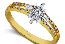 Kolekcja 'Morning Star' / Pierścionki z kolekcji 'Morning Star' z diamentami Crisscut