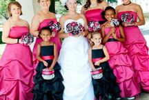 Wedding plans / Pink and black; summer time <3 / by Moriah Faith