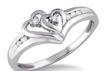 Rings I like :) / by Jencita Vargas