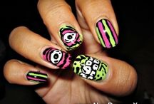 Freehanded Nails