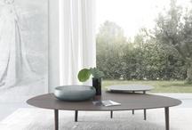 Mesas de diseño moderno para comprar en Murcia. / Mesas de diseño moderno que puedes comprar en Mueblería de Angel-Tu Belleza Interior.