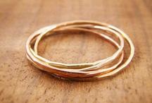 /wedding ring/