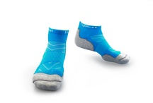 Evolution Socks / Your sports performance companion is here! Introducing Lightfeet's Evolution sock range.Featuring the highest level of CoolMax and X-Static 99.9% pure silver thread for anti-odour and antimicrobial performance, these socks are sure to support you when you're performing at your peak!