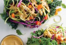 Healthy Wraps / Wraps are a great way to get less carbs in your diet. These healthy wrap recipes are a great way to start.