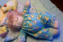 2010 Cloth Baby Doll Challenge! / Dolls from the 2010 Cloth Doll Challenge - more pictures at http://ClothDollBabies.com