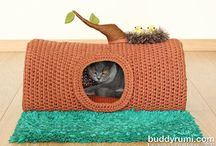 Pelíšky, hračky oblečky, pro pejsky a kočičky / Ruční práce