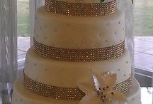 Almond Wedding Cake, covered with Marshmallow Fondant, filled with Nutella and moisted with Amaretto Liquor
