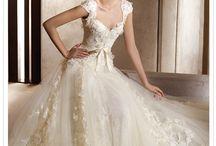 the brides attire / by miss Laryss