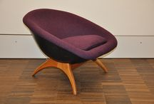 mid century modern chairs and sofas