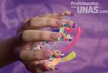 Otros / Diseño de uñas (nails) en distintas técnicas y para distintas ocasiones. Revista Profesionales de las Uñas