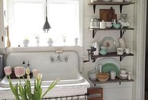 COUNTRY LIVING: Kitchens