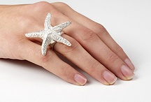 amazing statement jewelry / by Vivyan Dorsett