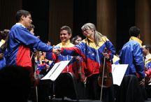 Venezüella Teresa Carreño Gençlik Orkestrası Konseri / Venezüella Teresa Carreño Gençlik Orkestrası İstanbul'da sanatseverlerle buluştu!   Polimeks sponsorluğunda, 10 Haziran Çarşamba günü Zorlu Center Performans Sanatları Merkezi'nde yapılan konser öncesinde; El Sistema kurucusu Jose Antonio Abreu ve Fundamusical Simón Bolívar Müzik Vakfı direktörü Eduardo Méndez, Barış İçin Müzik Vakfı'nın resmen El Sistema'nın bir parçası olarak kabul edildiğini ilan etti. Umut ve heyecan dolu bu işbirliğini kutlarız!