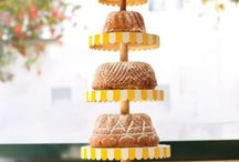 Wedding Cakes / by Virginia Atkinson